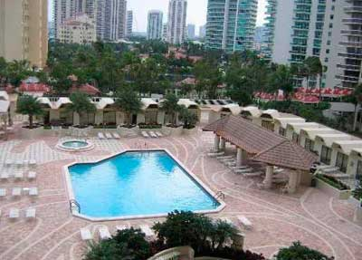Terraces of Turnberry Condominiums for Sale and Rent